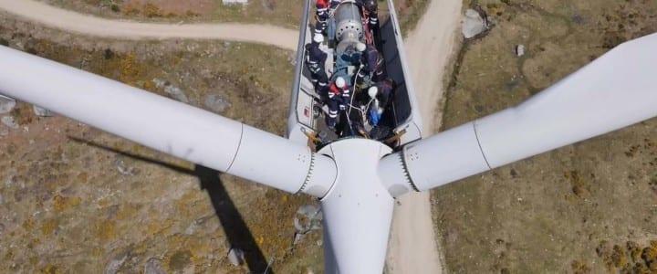 Simulacro rescate en aerogenerador con drones de emergencias