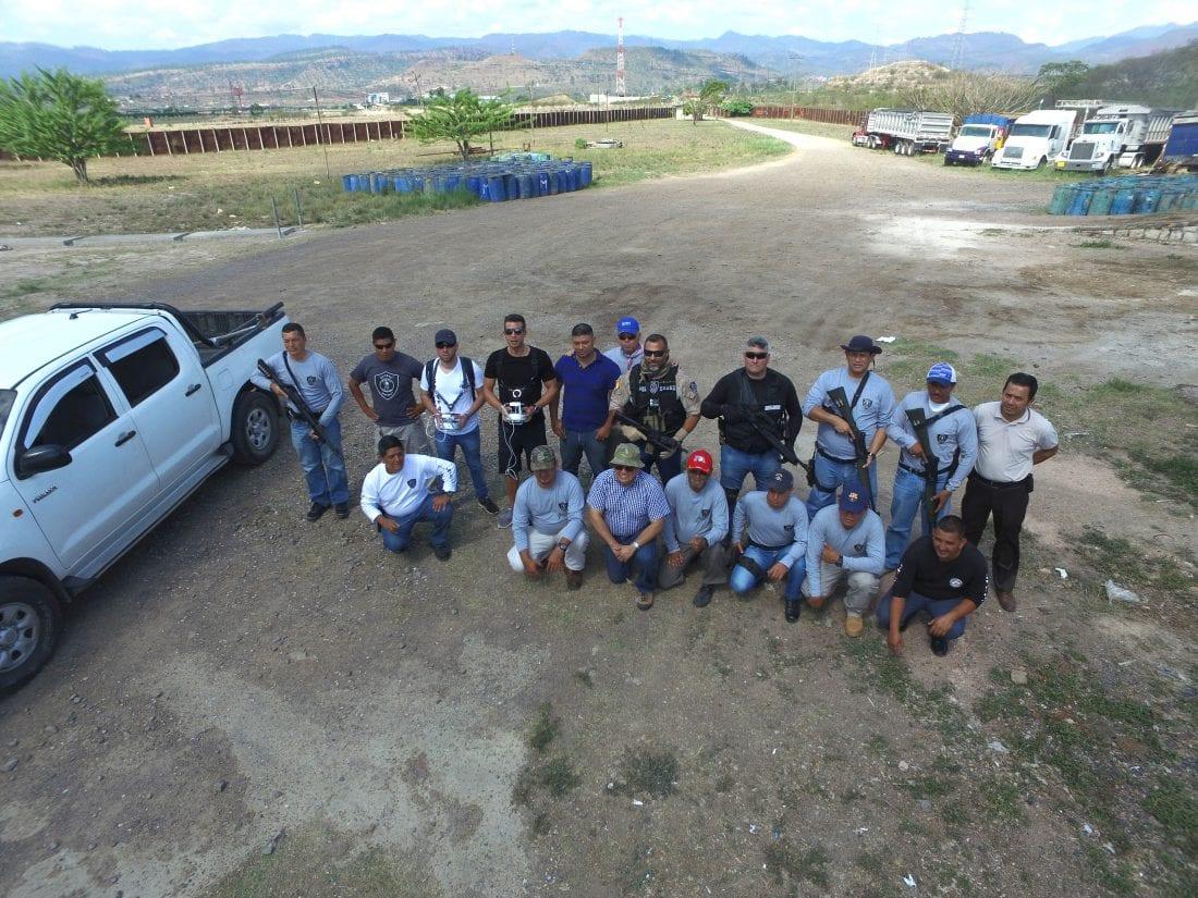Una empresa lalinense forma en Honduras a personal de seguridad en el uso de drones
