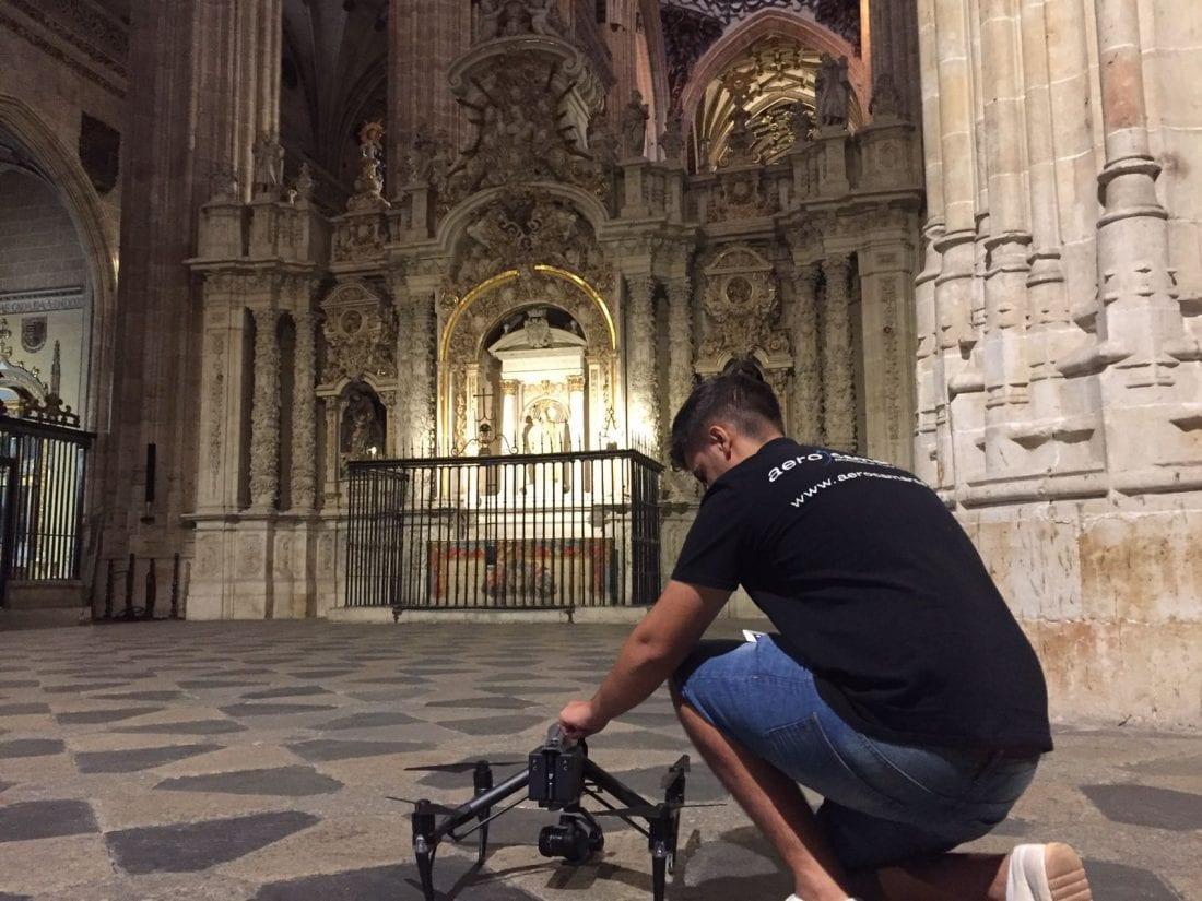 Drone interior Catedral de Salamanca