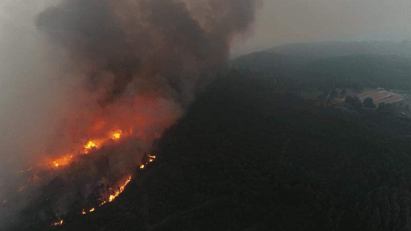 Sobrevolamos con nuestros drones los incendios de Galicia