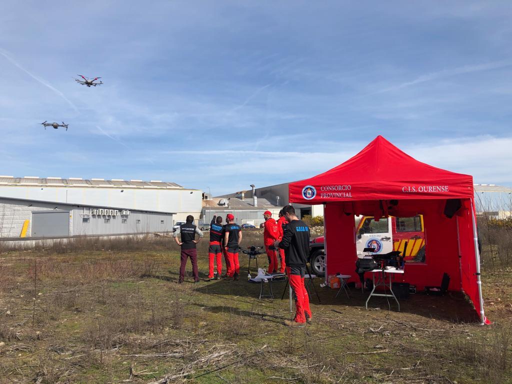 Aerocamaras forma a los bomberos del consorcio provincial de Ourense