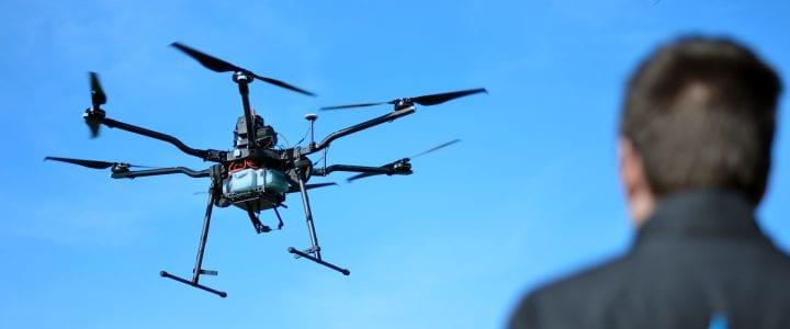 ¿Dónde volar tu dron para no ser multado?